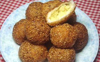 Cách làm bánh rán vừng giòn thơm hấp dẫn cực ngon chiêu đãi bạn bè ngày rảnh rỗi