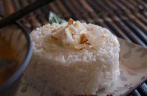 Cách làm cơm dừa Thái thơm ngon lạ miệng cho bữa trưa thanh mát hấp dẫn