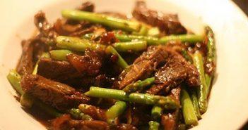 Cách làm món bò xào măng tây lạ miệng thơm ngon bổ dưỡng đổi vị cho bữa tối cuối tuần