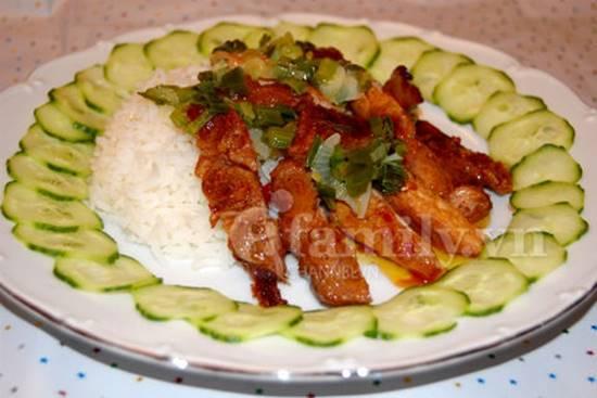 Cách làm món cơm sườn nướng đậm đà thơm lừng cực hấp dẫn cho bữa chiều phần 1