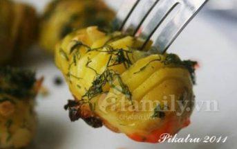 Cách làm món khoai tây bỏ lò kiểu Nga thơm bùi hấp dẫn cho bữa sáng ngon tuyệt