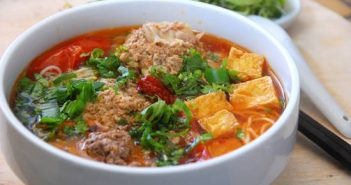 Cách nấu bún riêu cua dân dã thơm ngon đâm đà đúng vị miền Bắc Trung Nam