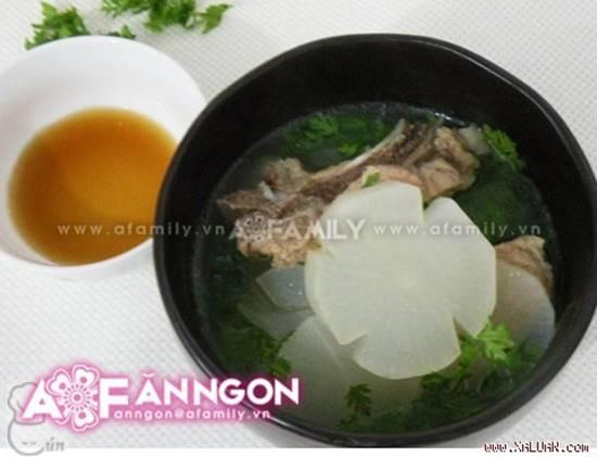 Cách nấu canh củ cải hầm xương ngọt mát thơm ngon cho bữa cơm ấm cúng ngày đông phần 1