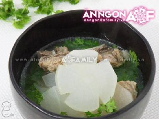 Cách nấu canh củ cải hầm xương ngọt mát thơm ngon cho bữa cơm ấm cúng ngày đông phần 9