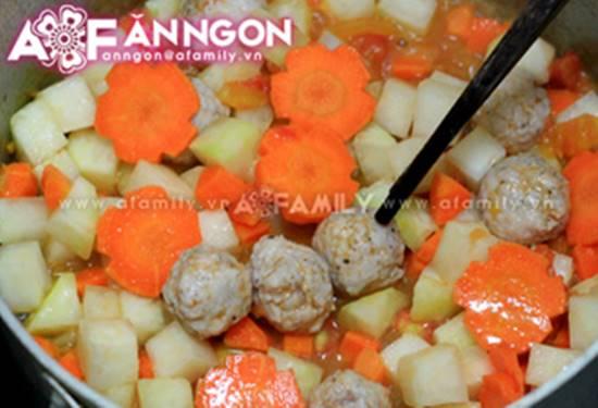 Cách nấu canh thịt viên chua ngọt thanh mát thơm ngon cho bữa cơm ngày hè oi ả phần 6