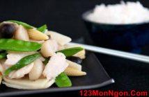 Công thức làm món thịt gà xào rau củ bắt mắt thơm ngon hấp dẫn cho bữa cơm hằng ngày