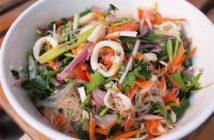 Công thức làm salad miến hải sản chua ngọt thơm ngon cho thực đơn ngày hè