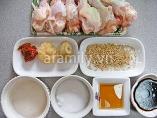 Cách làm món gà chiên kiểu Hàn Quốc lạ miệng mà hấp dẫn cực ngon phần 2