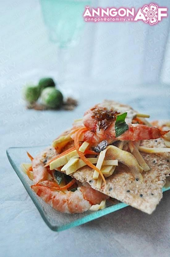 Cách làm món gỏi măng tôm thịt chua ngọt thơm ngon chống ngán ngày Tết phần 1