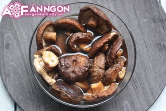 Cách làm món nấm nhồi thịt hấp mới lạ thơm ngọt thật ngon phần 4