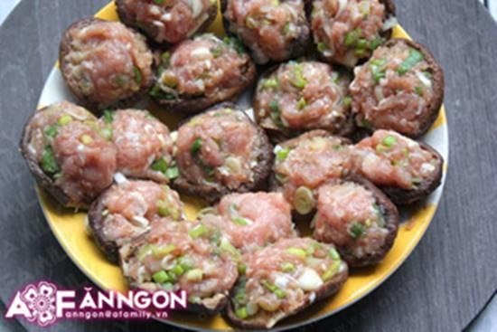 Cách làm món nấm nhồi thịt hấp mới lạ thơm ngọt thật ngon phần 8