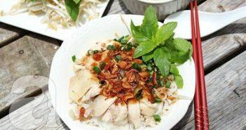 Cách làm món phở gà trộn nhanh gọn mà thơm ngon hấp dẫn