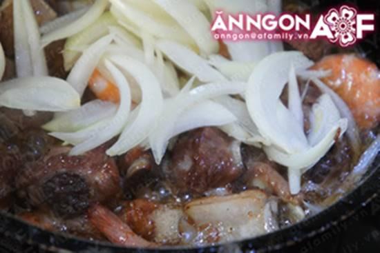 Cách làm món sườn ram tôm thơm ngon đậm đà cực đưa cơm phần 13