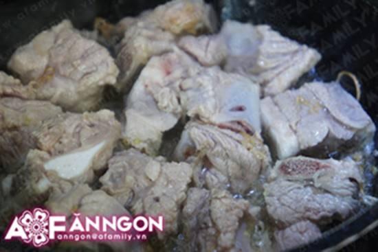 Cách làm món sườn ram tôm thơm ngon đậm đà cực đưa cơm phần 7