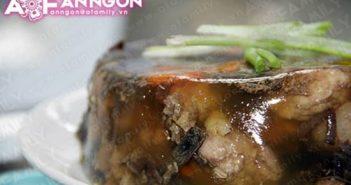 Cách làm món thịt gà nấu đông đặc biệt thơm ngon hấp dẫn cho Tết sum vầy
