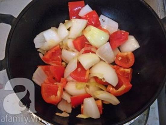 Cách làm món hải sản xào chua ngọt thơm ngon đơn giản cho bữa cơm tối phần 7