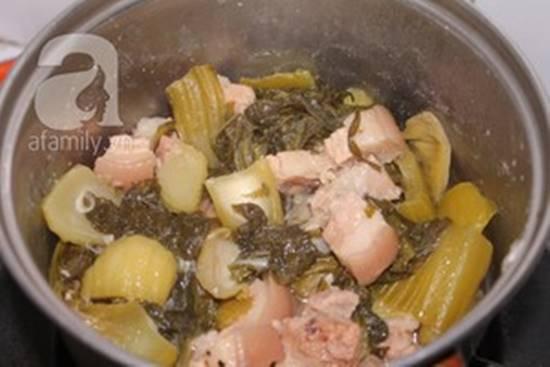 Cách làm món thịt ba chỉ kho dưa chua dễ ăn đậm đà ngon cơm phần 9