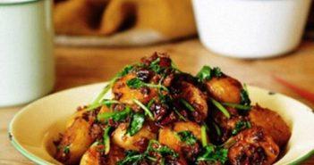 Cách làm món khoai tây xào thịt mới lạ hấp dẫn ngon cơm