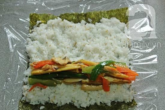 Cách làm món sushi chay thơm ngon lạ miệng đãi cả nhà thưởng thức phần 9