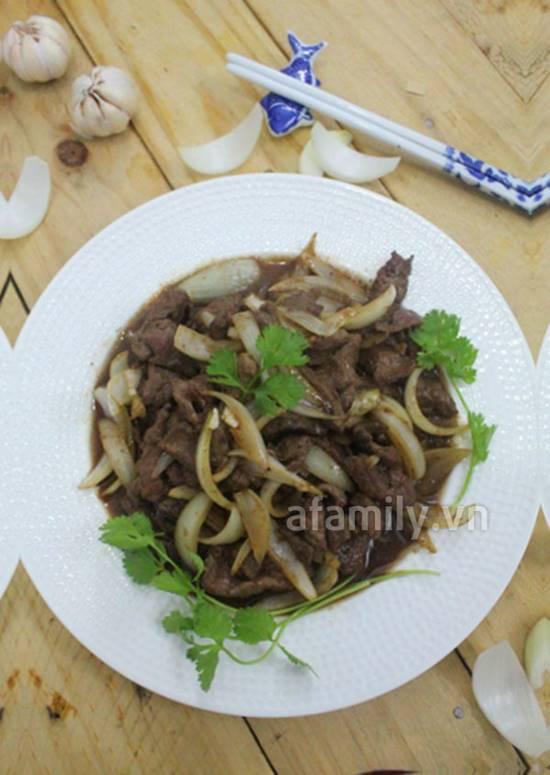 Cách làm món bò sốt tiêu đen thơm ngon đậm đà cho bữa tối phần 1