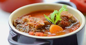Cách làm món đuôi bò hầm cà chua thơm ngon đậm đà đổi vị cuối tuần