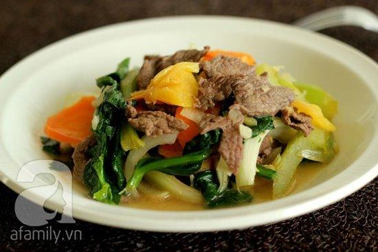 Cách làm món thịt bò xào cần thơm lừng hấp dẫn cực ngon phần 1