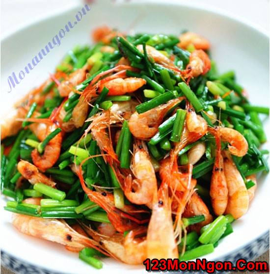 Cách làm tôm xào bông hẹ thanh mát bổ dưỡng cực ngon cơm phần 1
