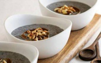 Cách nấu cháo vừng đen bổ dưỡng thơm ngon cho ngày Rằm ăn chay