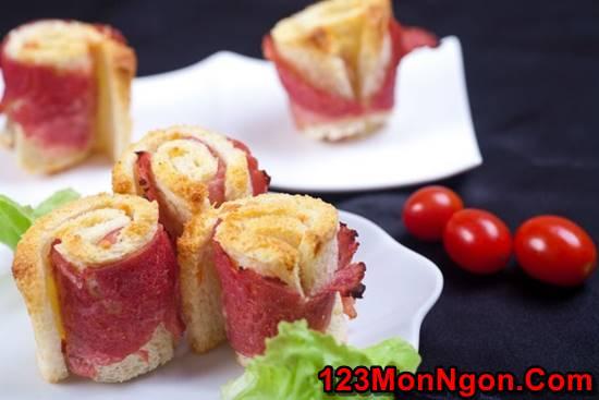Tự tay thực hiện món bánh mì cuộn thịt hun khói cực ngon cho bữa sáng ngày 8/3 phần 1