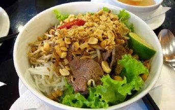 Cách làm bún bò Nam Bộ đậm đà thơm ngon chuẩn vị ăn là ghiền