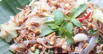 Cách làm gỏi sứa bắp chuối giòn sật chua ngon thanh mát