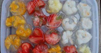 Cách làm thạch dừa hoa quả đẹp mắt thơm ngon cực mát