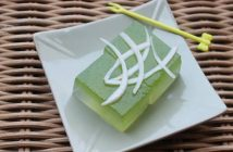 Cách làm thạch dừa lá dứa tươi mát thơm ngon ăn là ghiền