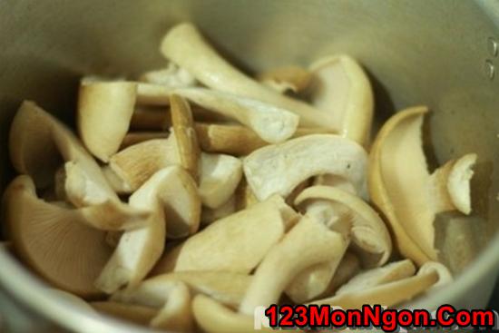 Cách làm món nấm xào rau củ thanh đạm bổ dưỡng cho ngày ăn chay phần 7