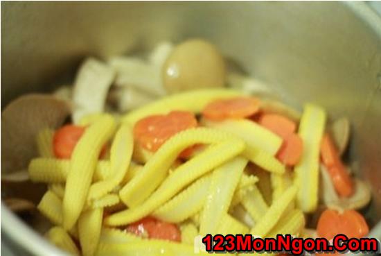 Cách làm món nấm xào rau củ thanh đạm bổ dưỡng cho ngày ăn chay phần 8
