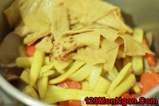 Cách làm món nấm xào rau củ thanh đạm bổ dưỡng cho ngày ăn chay phần 9